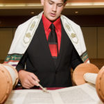 Skokie-BarMitzvah-photography-reading